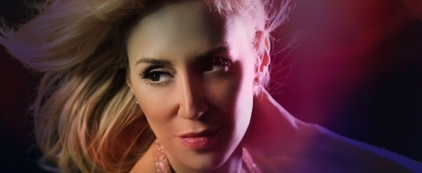 JES's newest song 'Under The Midnight Sun' plays like a movie in the mirror of your mind