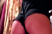 Femme lesbienne à la chatte poilue à voir dans ce porno !