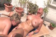 Porno hd lesbienne - Vidéo complète de 21 minutes
