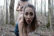 Foret porno amateur d'une jeune fille de 18 ans !
