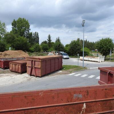 bennes déchets verts déchèterie Vouziers.JPG