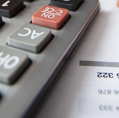 Comptes et calculatrice