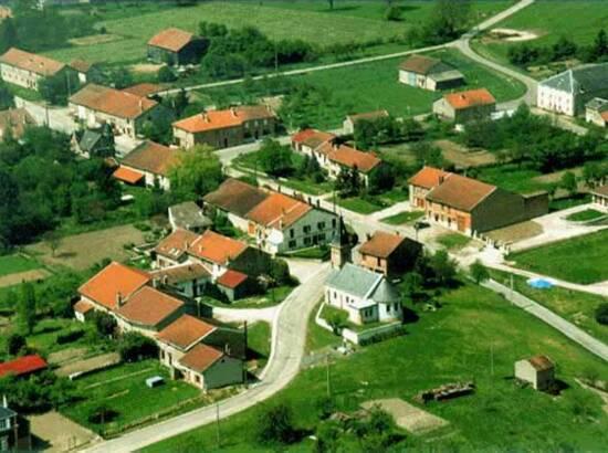 vue aérienne du village de Champigneulle
