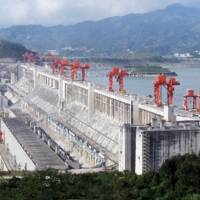 3 three gorges dam.jpg