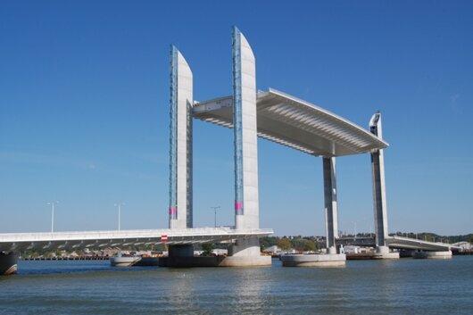 pont bacalan.jpg