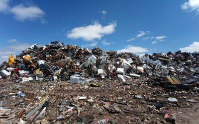 Après une nouvelle loi française anti-déchets, l'UE annonce des projets d'économie circulaire «à grande échelle».