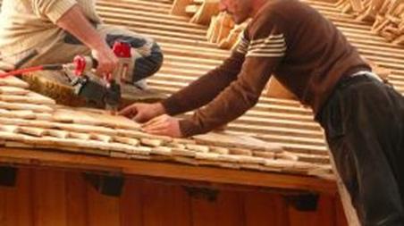 montage tuile en bois