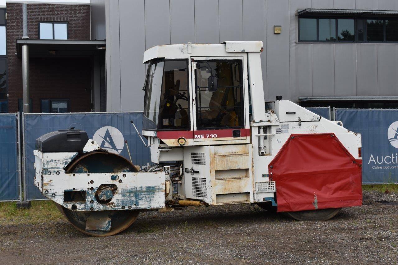 Vibratory roller Caterpillar CB-535B Diesel
