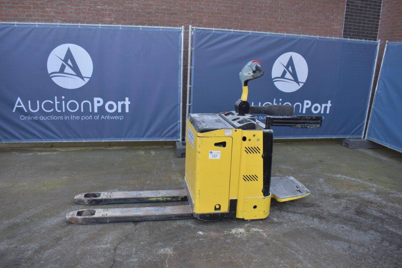 Pallet truck Hyster P2.0S Electric 2000kg