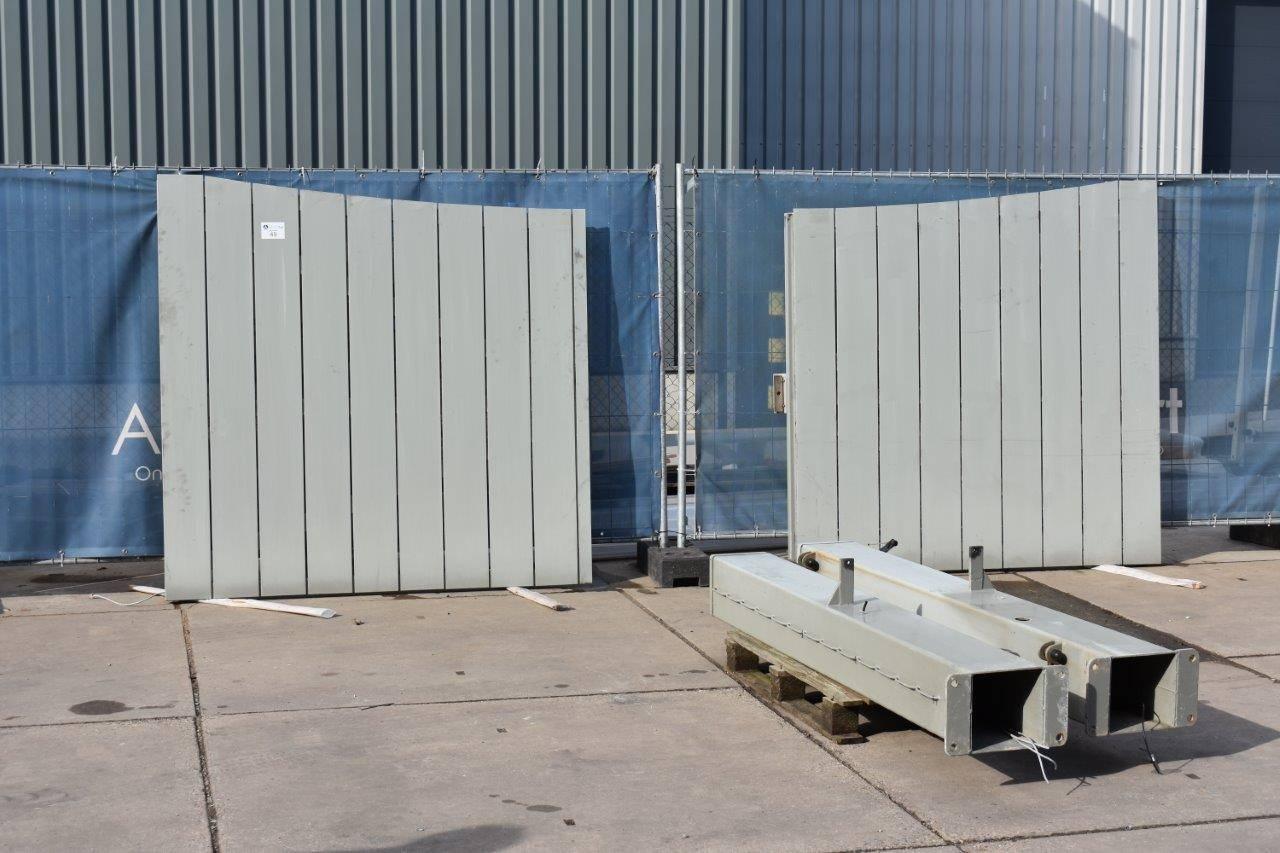 Poorten - Garagepoorten - Metaalbewerkingsmachines - Werkplaatsverlichting - Tuinmachines
