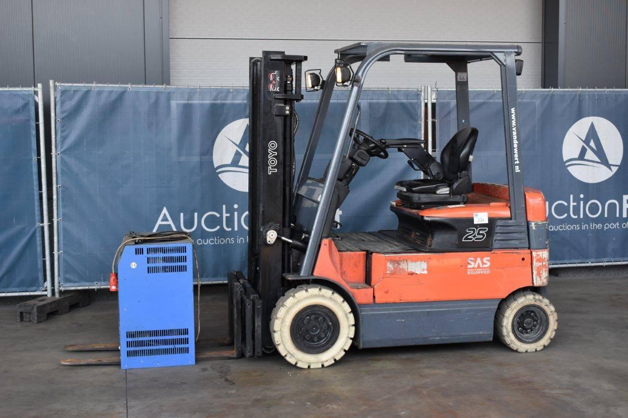 Forklift Toyota 7FBMF25 Electric 2500kg