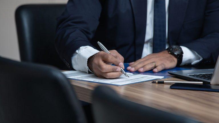 Pourquoi faire appel à un avocat spécialiste du bail commercial ?