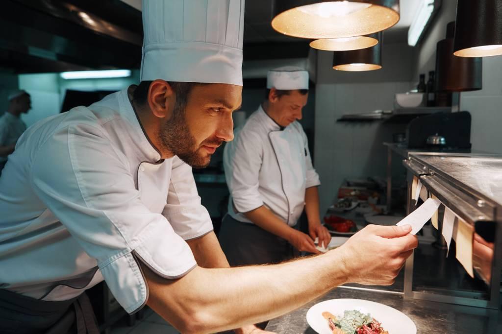 tenue toque cuisinier