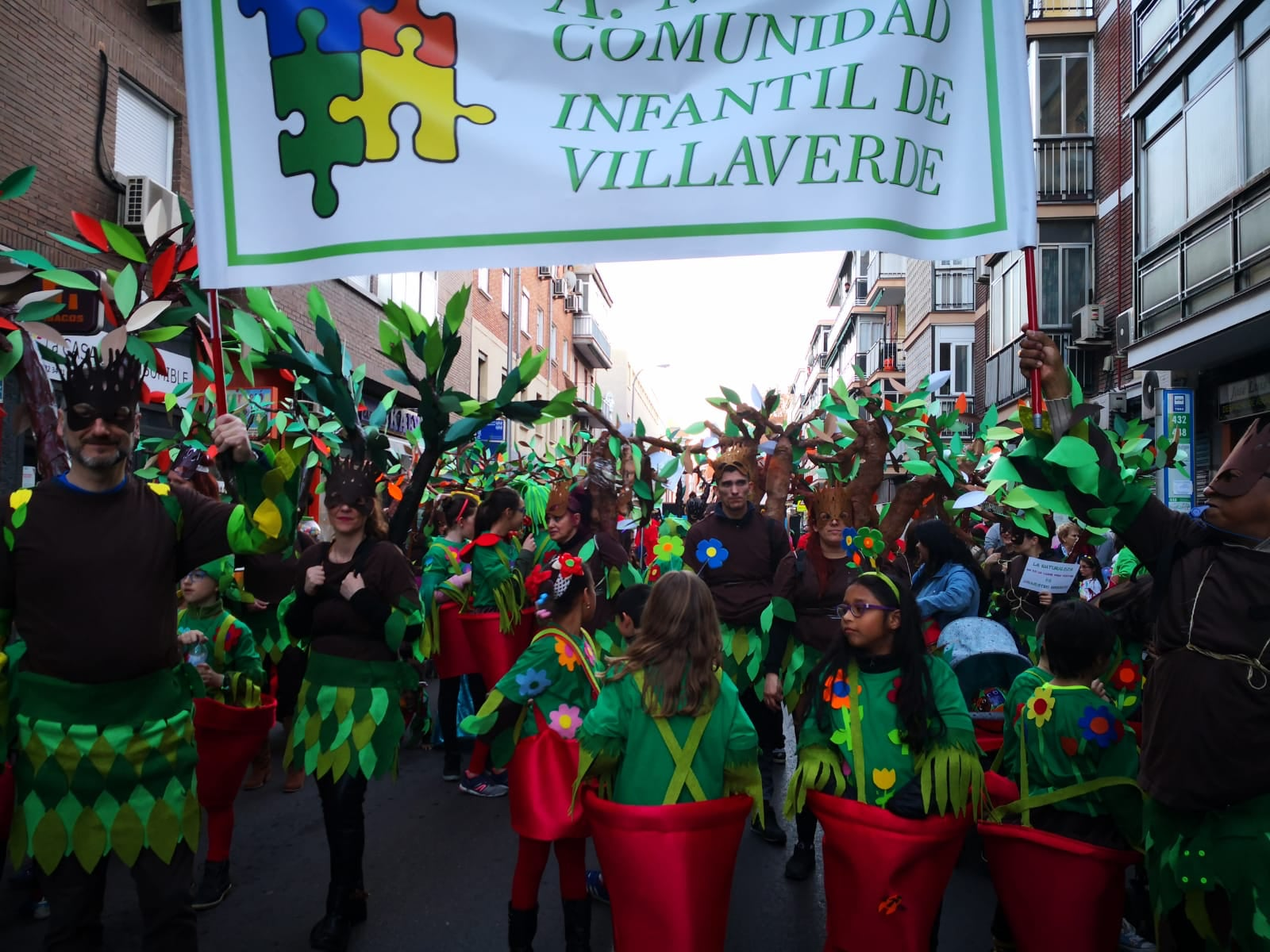 Logo COMUNIDAD INFANTIL DE VILLAVERDE