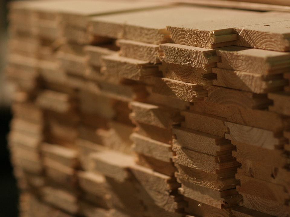 abri en bois entretien