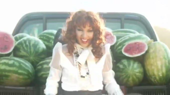 «Love Eat» με την Βάνια Τουνίκου! H σάτρια στην Ιωάννα Μαλέσκου