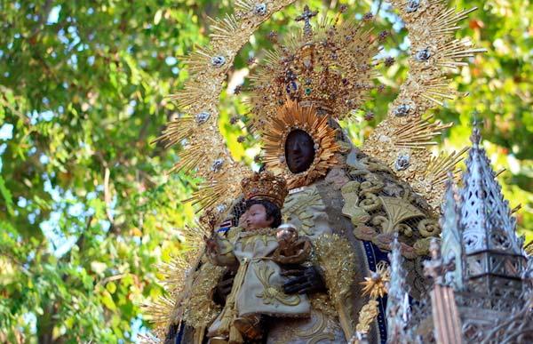 La Alcaldesa Perpetua, Nuestra Señora de Regla, no procesionará este año.