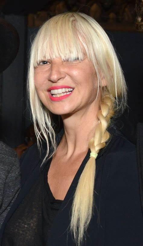 Sia_Elastic_Heart_:_Le_clip_de_Sia_a_déclenché_la_controverse_et_le_malaise