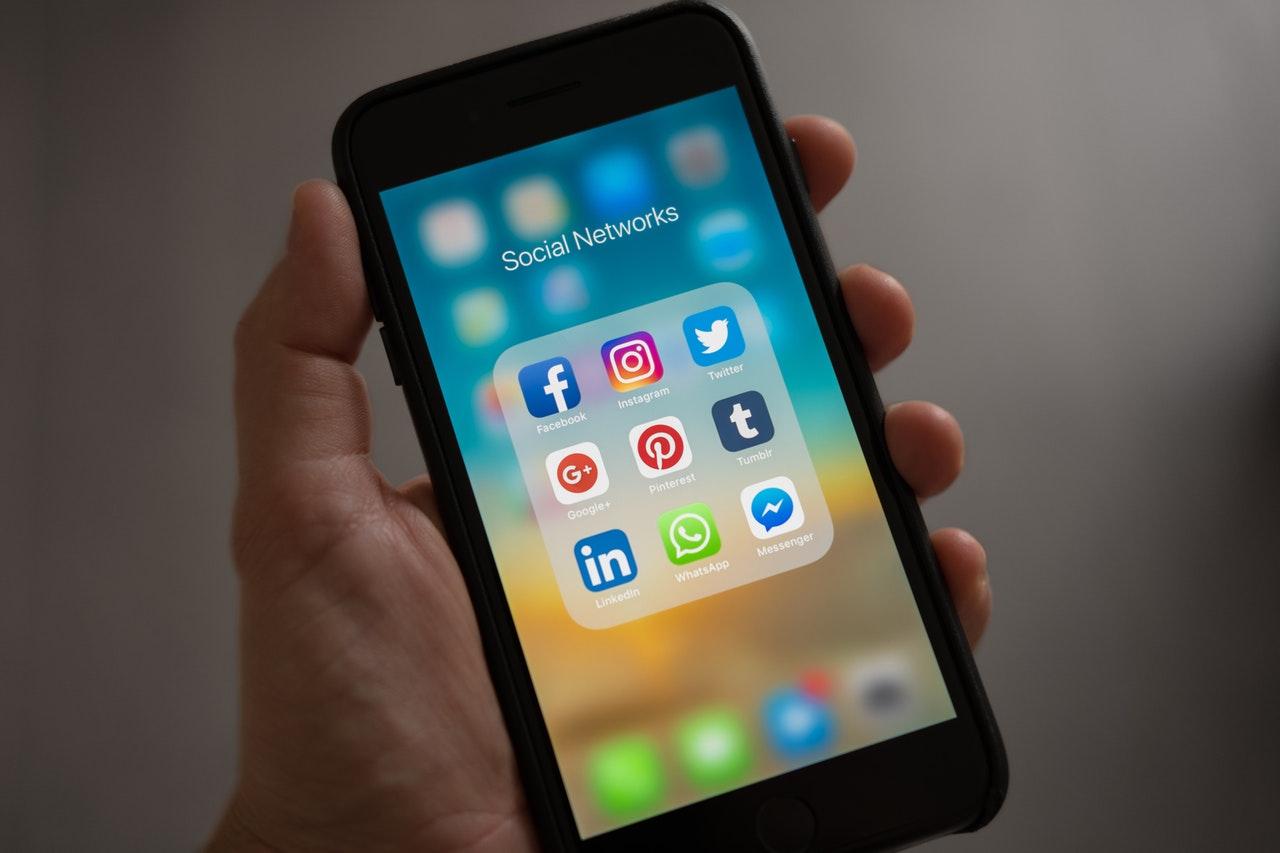 Facebook_est_il_plus_efficace_pour_les_petites_entreprises_?
