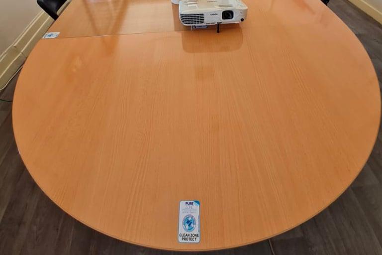 Film antimicrobien table réunion CNR Lyon