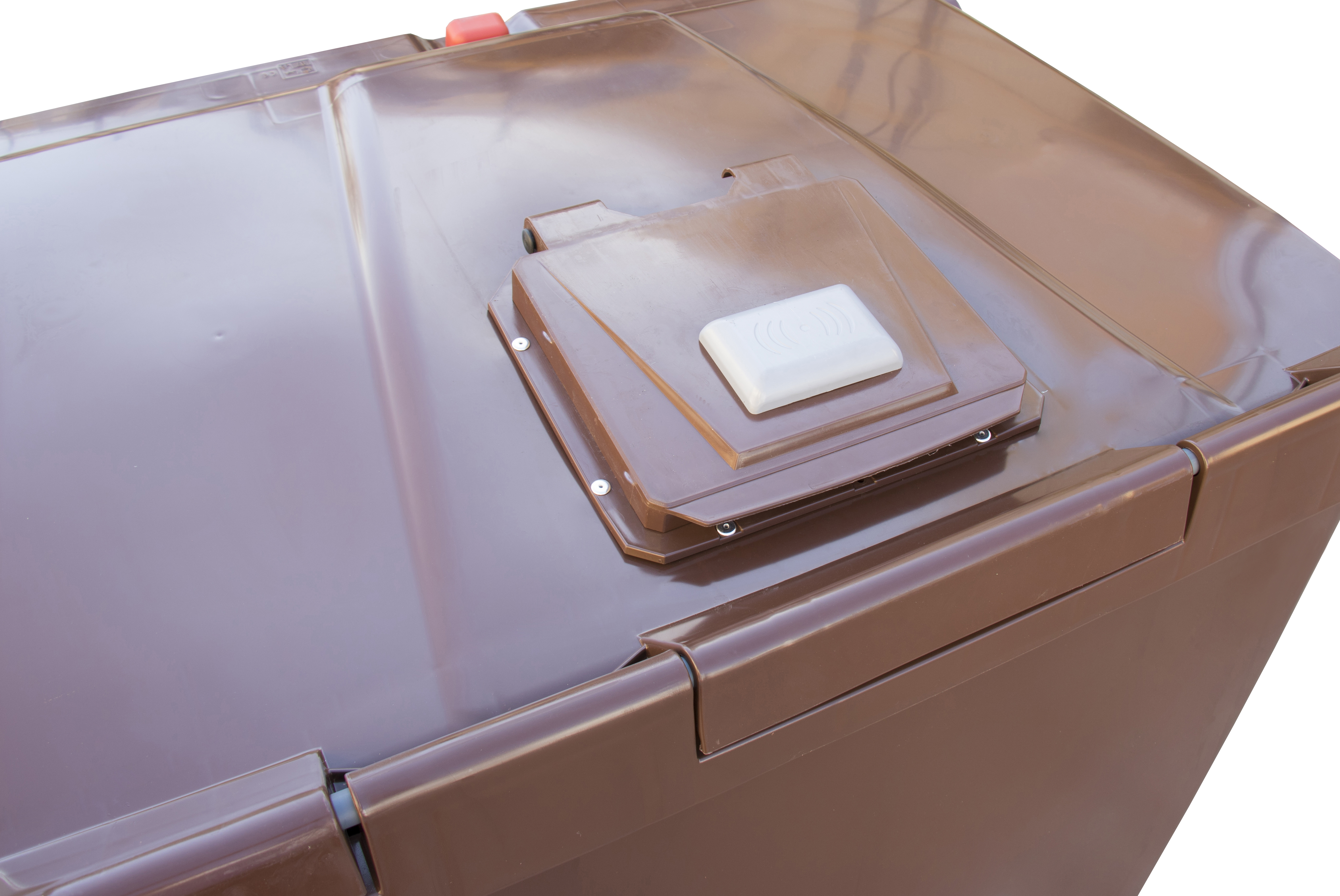 Electronically-lockable rain cover