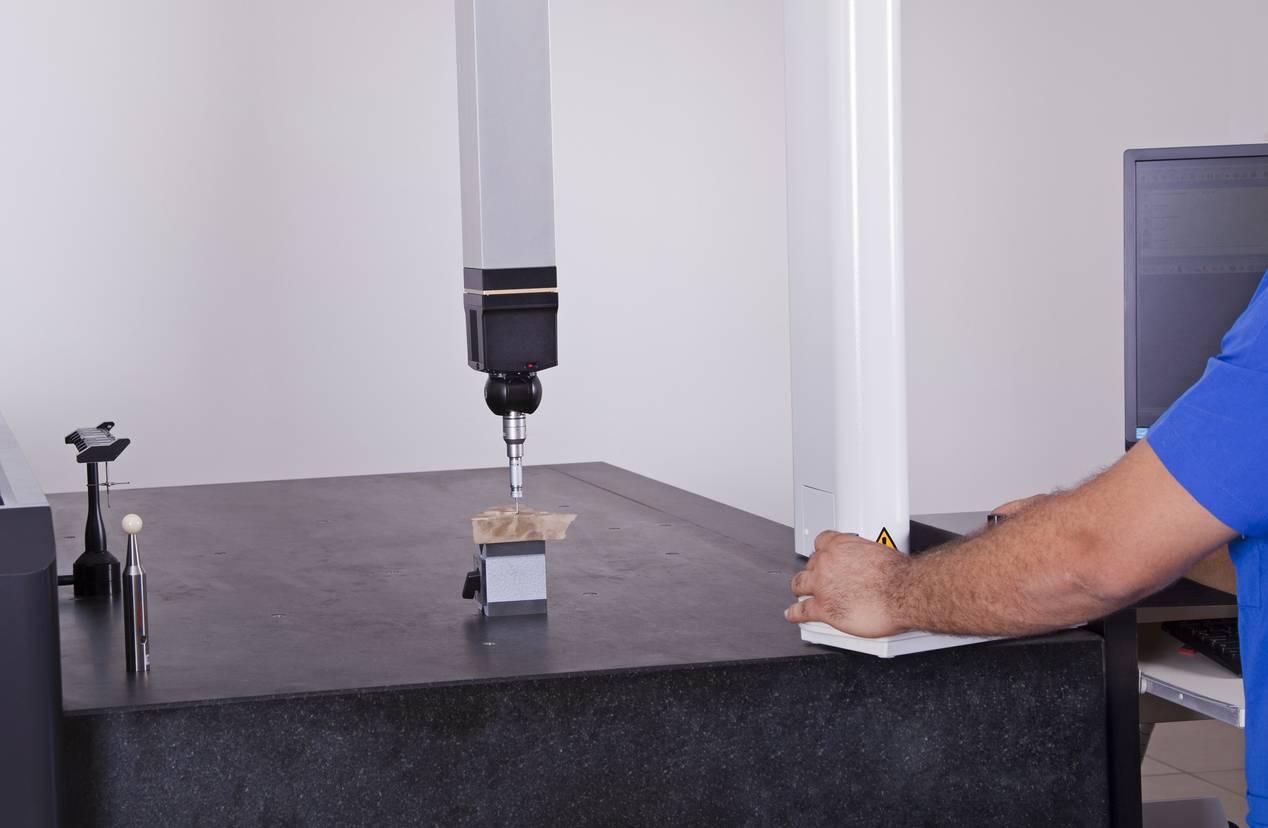 machine de mesure tridimensionnelle précision