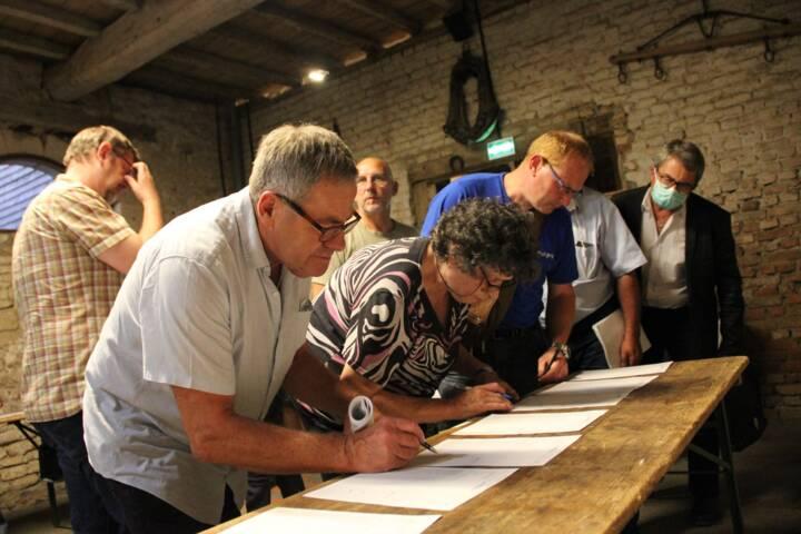 Signature des élus - Conseil de Communauté de Communes des Crêtes Préardennaises - le 25 juin 2020