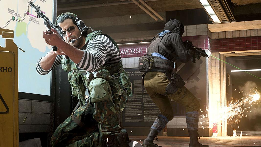 Personajes de Warzone en el metro