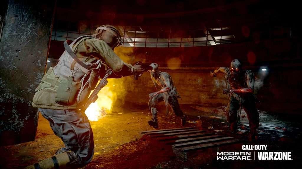 Operador luchando contra zombies en Warzone Zombie Royale