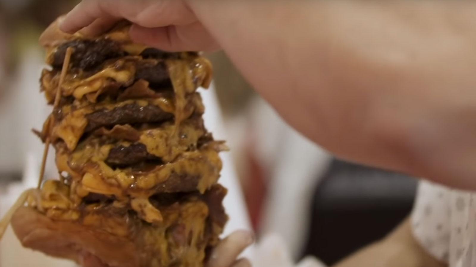 Un burger qui a eu du mal à passer pour Tyler1