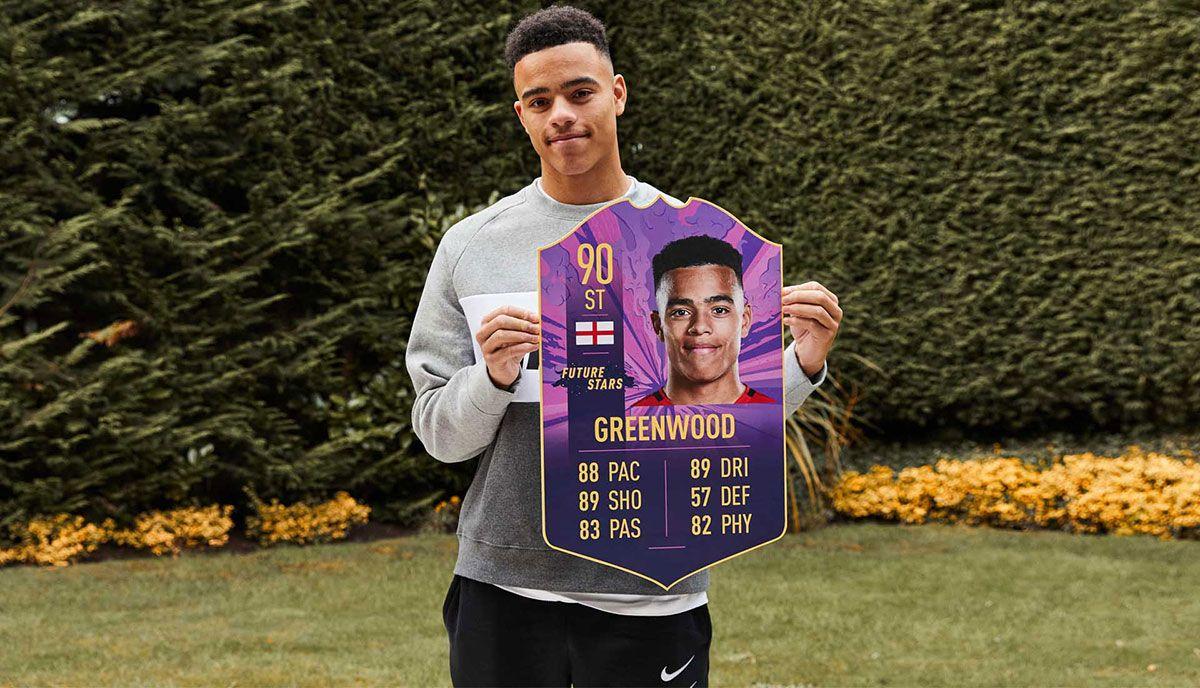 Mason Greenwood avec sa carte FIFA