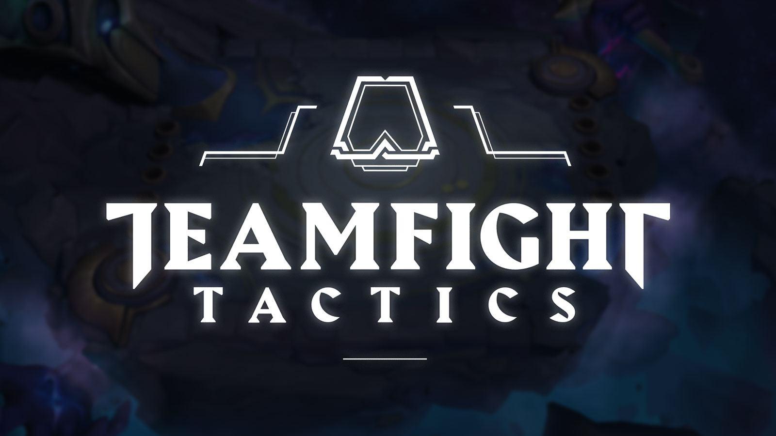 Logo de Teamfight Tactics sur une arène du set 3