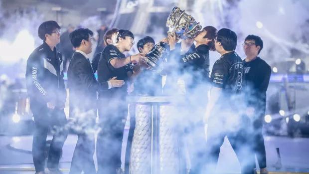 Les équipes du monde entier vont s'affronter pour remporter le précieux trophée des Worlds