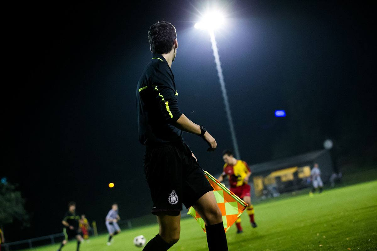 Arbitre dans FIFA 21