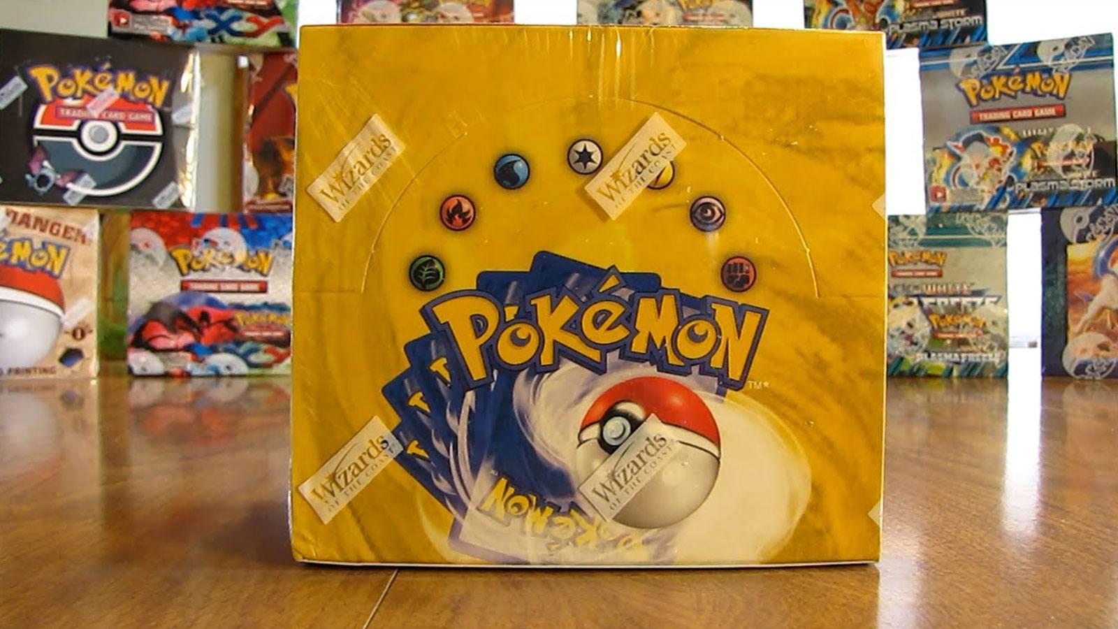 display Pokémon TCG 1st base set scellé