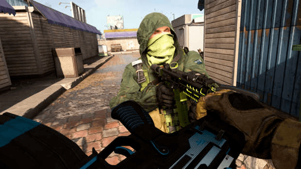 Call of Duty: Warzone melee attack