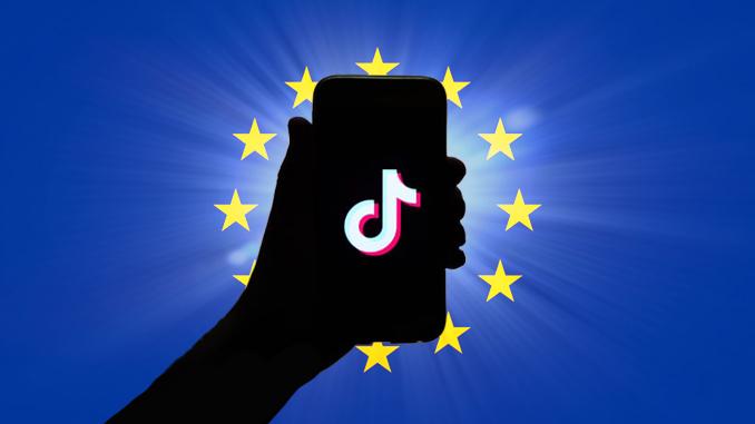 logo TikTok drapeau européen