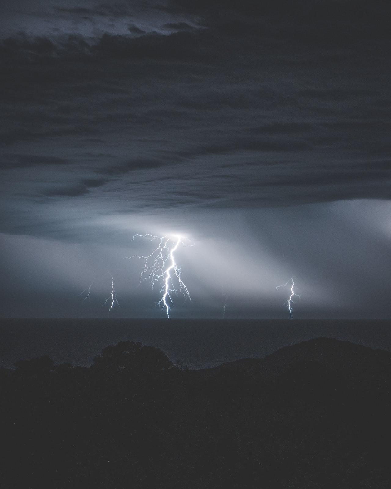 Protégez_vos_fenêtres_avant_la_prochaine_tempête