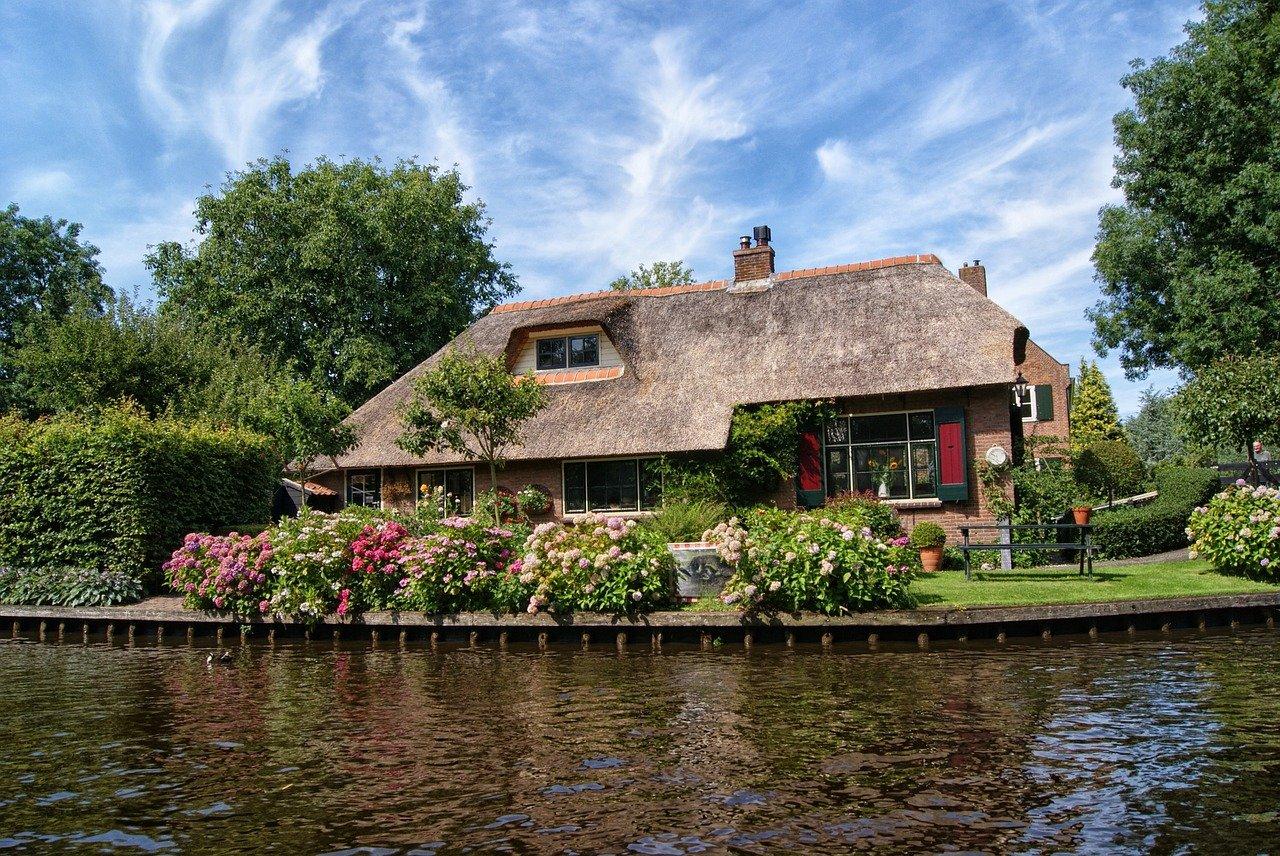 Visite_:_cette_maison_de_bord_de_mer_dans_le_Maine_est_la_maison_de_mes_rêves___coco_kelley