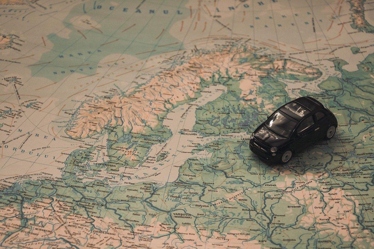 7_conseils_de_voyage_en_voiture_pour_s_amuser_et_voyager_en_toute_sécurité