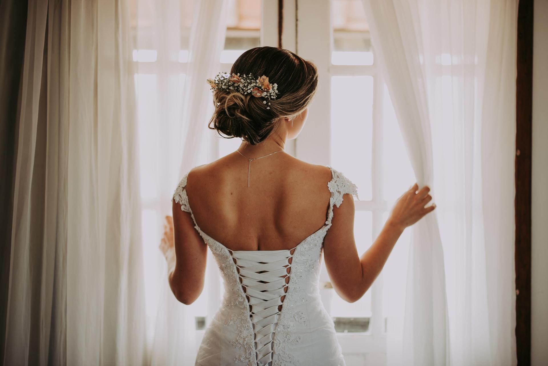 Chignon_mariage_:_découvrez_le_top_5
