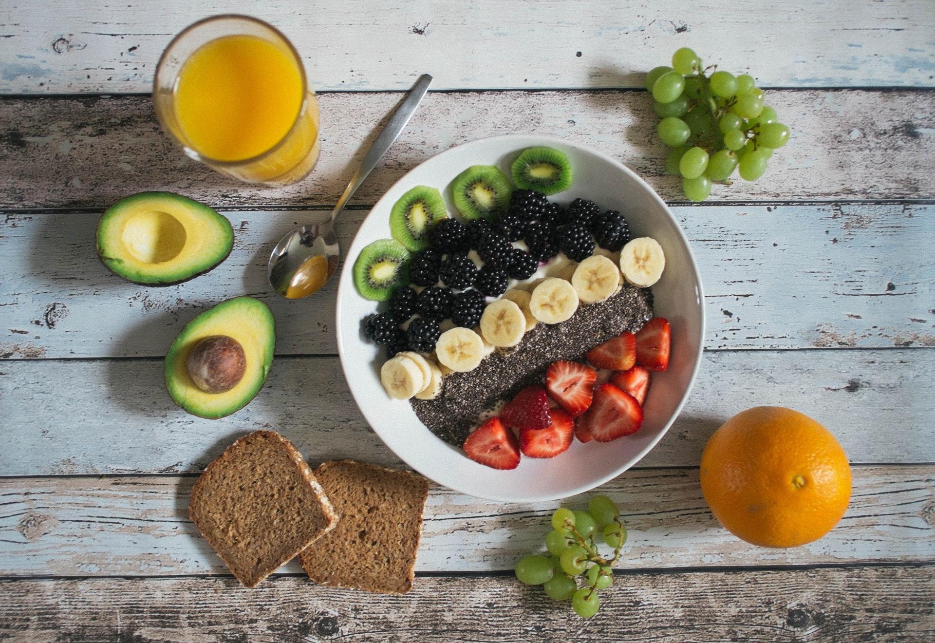 Recettes_pour_augmenter_les_fibres_:_smoothies,_biscuits_et_bols_de_petit_déjeuner