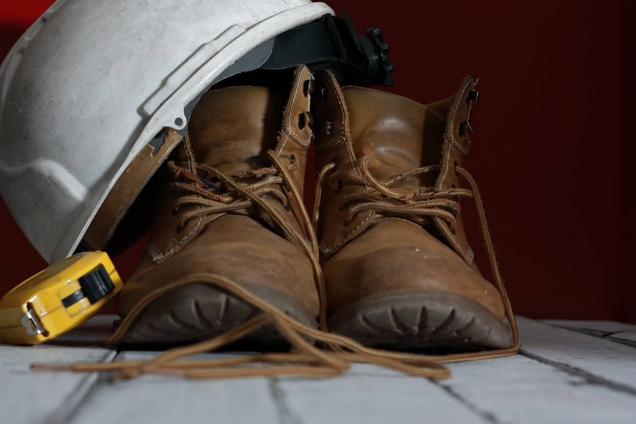 équipement protection travailleur obligatoire