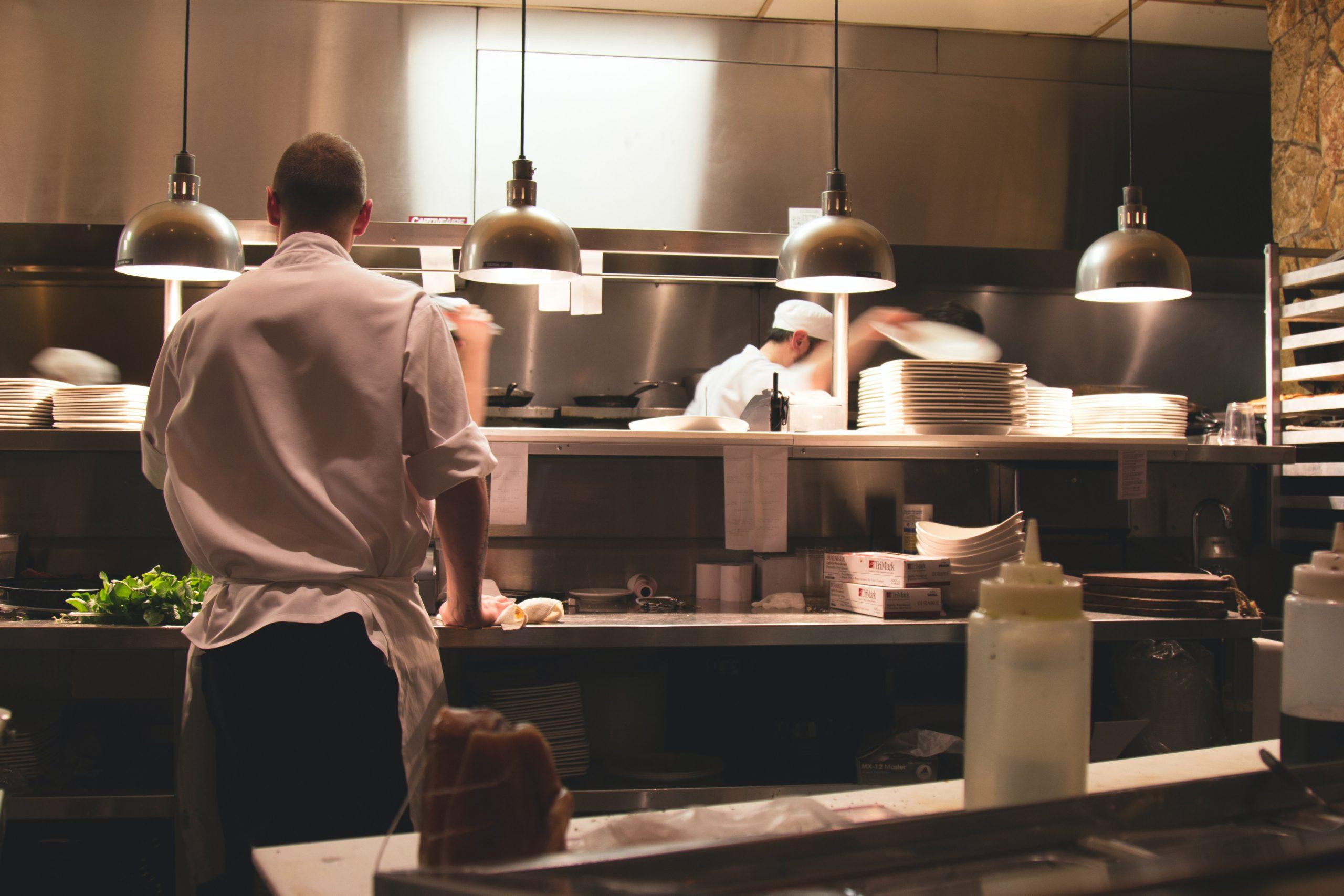 Liste_des_5_principaux_défis_auxquels_les_propriétaires_de_restaurants_sont_confrontés
