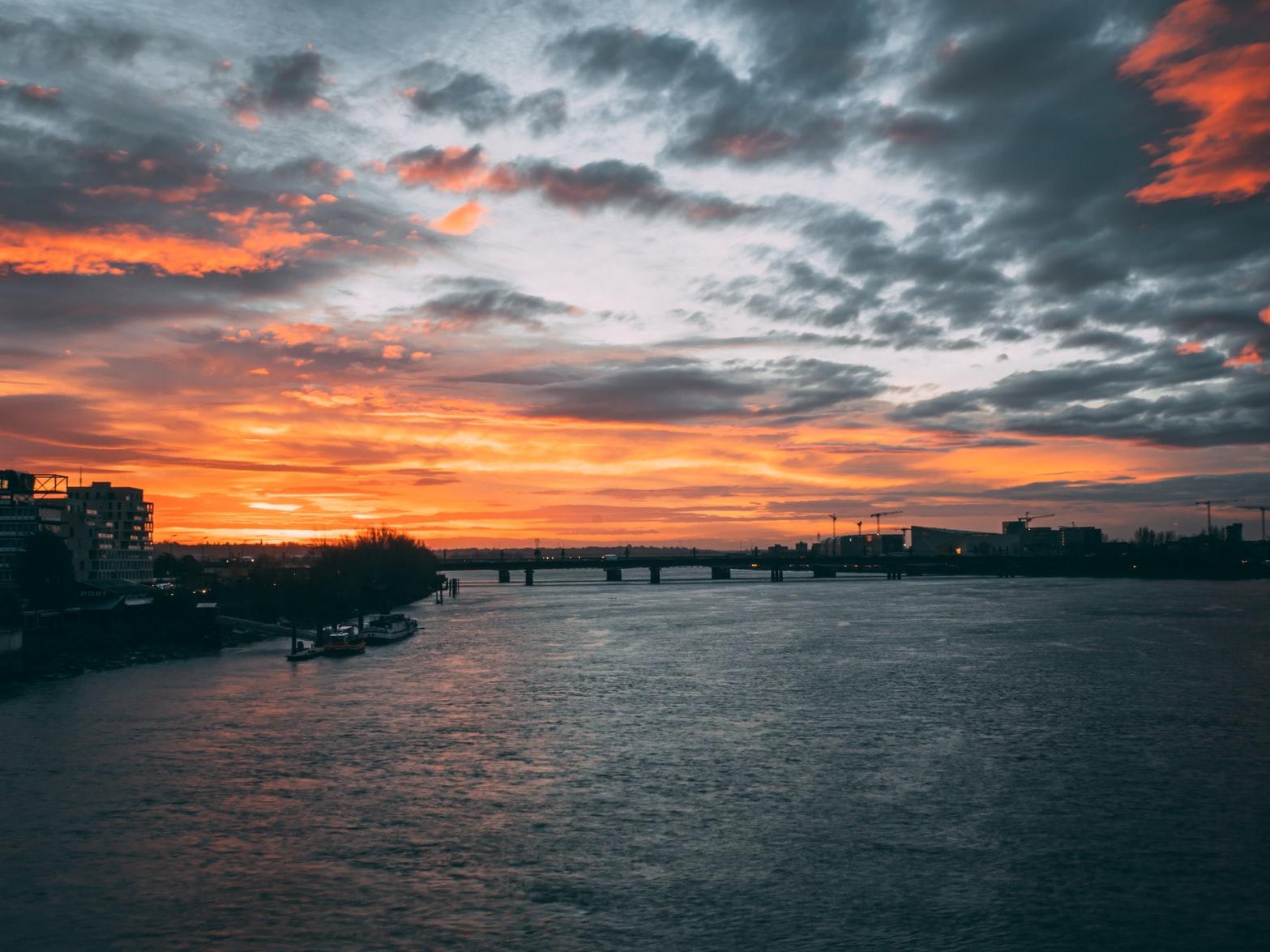 La Garonne Bordeaux