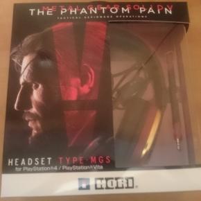 Auriculares Hori Metal Gear Solid V (NUEVO)