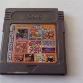 GAMEBOY MULTIJUEGOS 32 EN 1 CONTRA ALIEN WARS, RARO STAR TREK ETC...GAME BOY