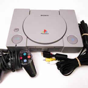 Consola Playstation PS1 PSX con cables y mando