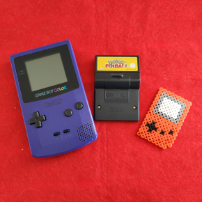 CONSOLA NINTENDO GAME BOY COLOR MORADA + POKEMON PINBALL