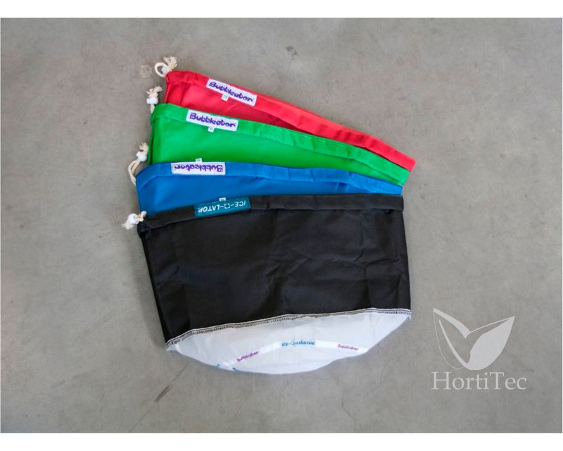 911983-small-iceolator-4-bag-set.jpg